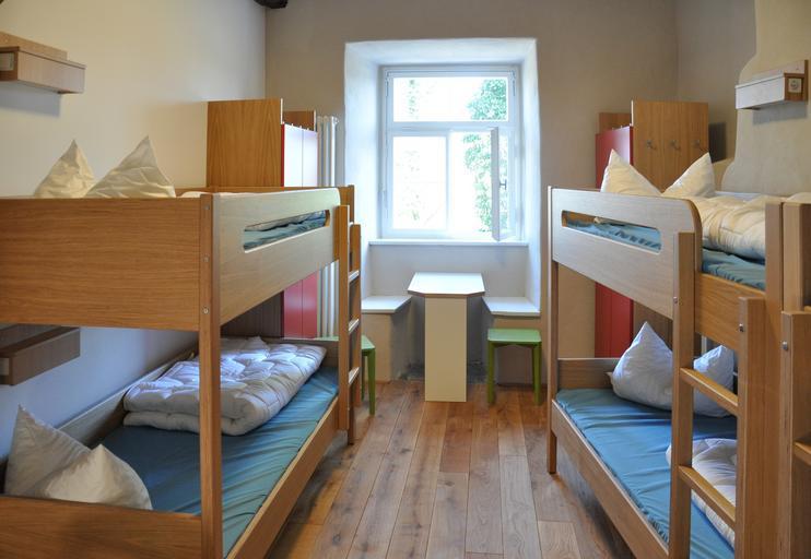 dětský pokoj se dvěma palandami