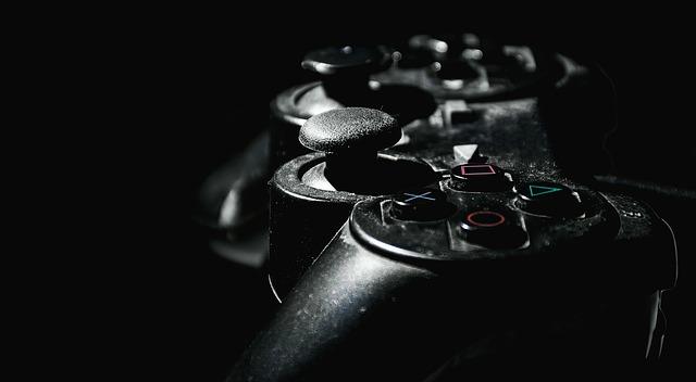 ovladač na herní konzoli playstation