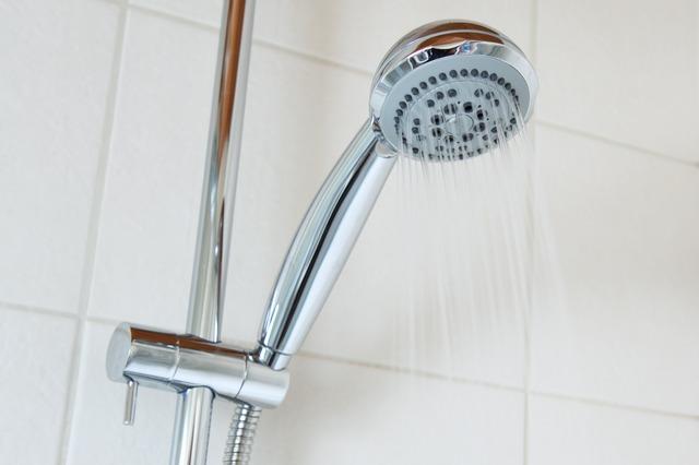 puštěná sprcha